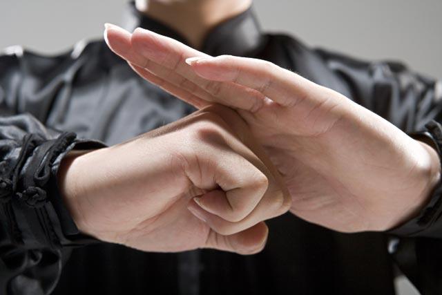 combate mano a mano baoquanli